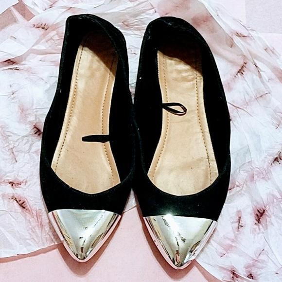 4f017d5e759d jcpenney Shoes - JCP BLK SUEDE W SILVER BALLET FLATS